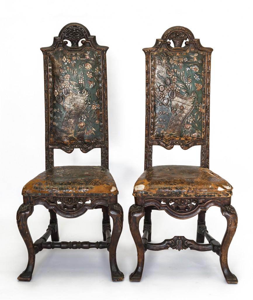 Pair vintage leathers chair