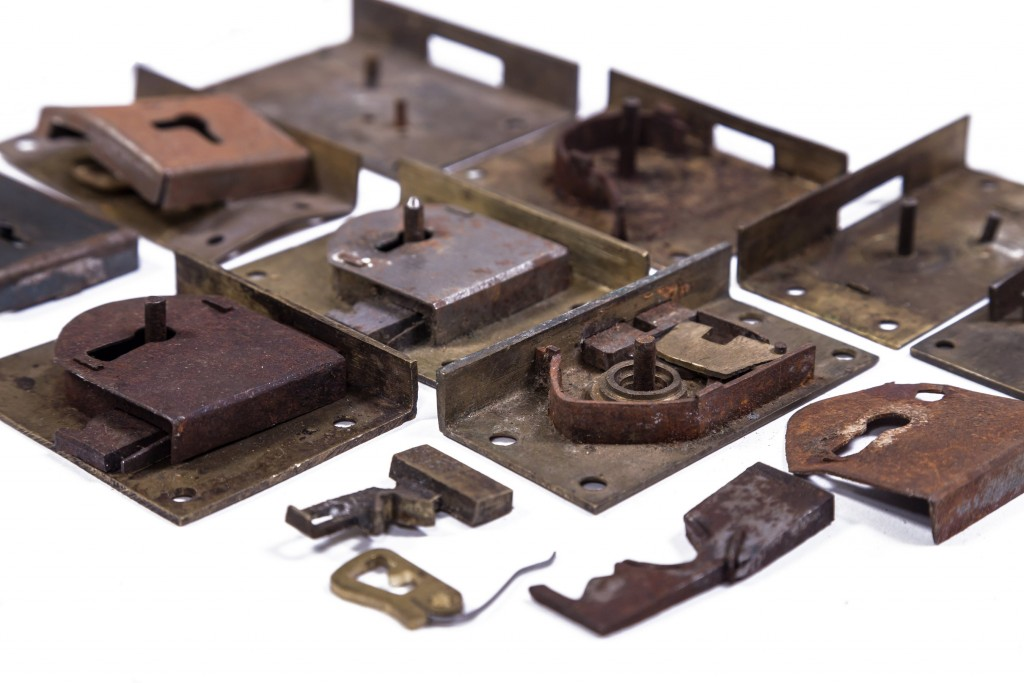 Selection of lock components